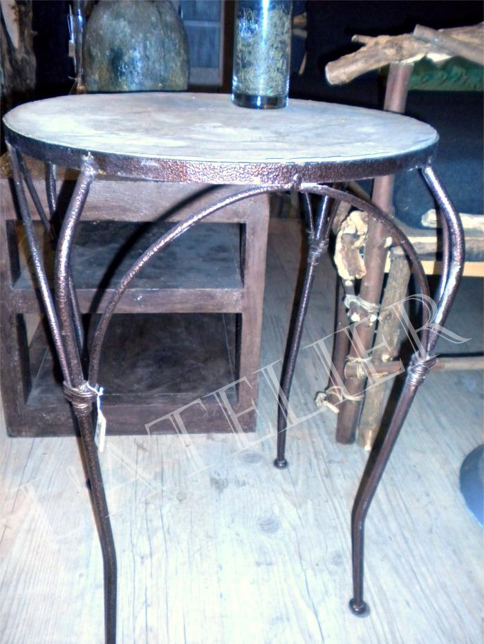 Petite table fer forg et b ton cir boutique l - Petite table en fer forge ...